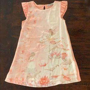 Beautiful size 4 dress NWT